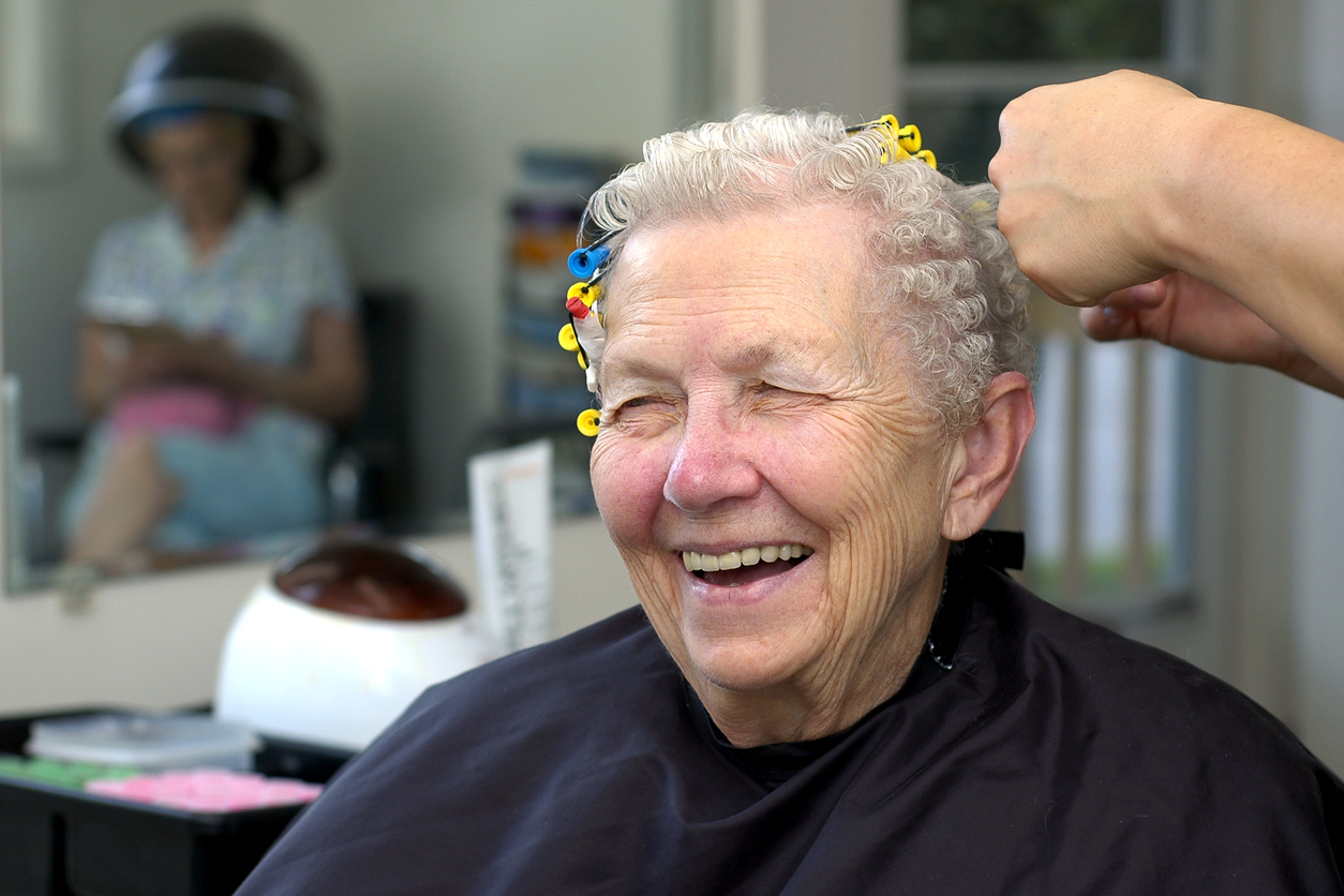 salon, hair care, barber, senior living community, programs, wedgewood estates